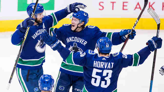 Trio of power-play goals lifts Canucks to victory over Oilers